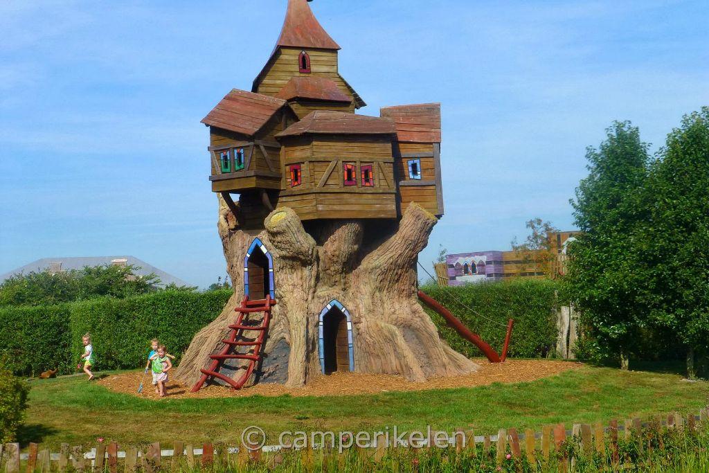 """Buitenspeelhuis camping """"de Bongerd"""""""