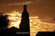 Ondergaande zon in Aignan