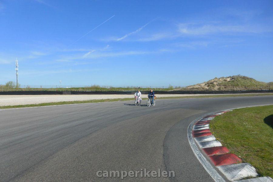 Fietsen op het racecircuit