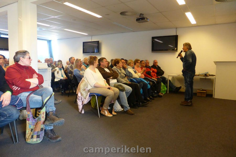 "Workshop ""Hond mee in de camper"""