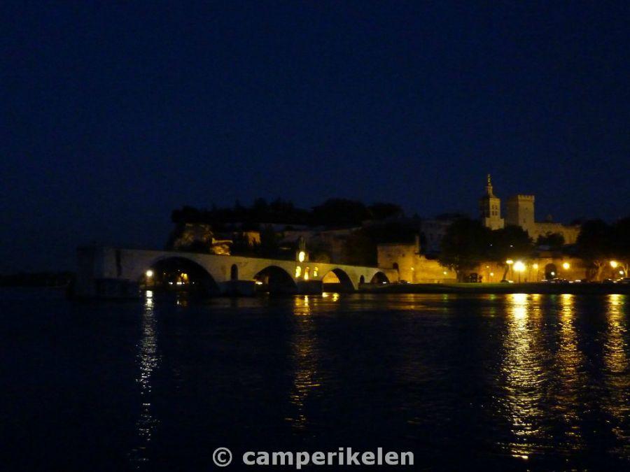 Avignon bij avond