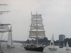 Zeilboten op de Schelde