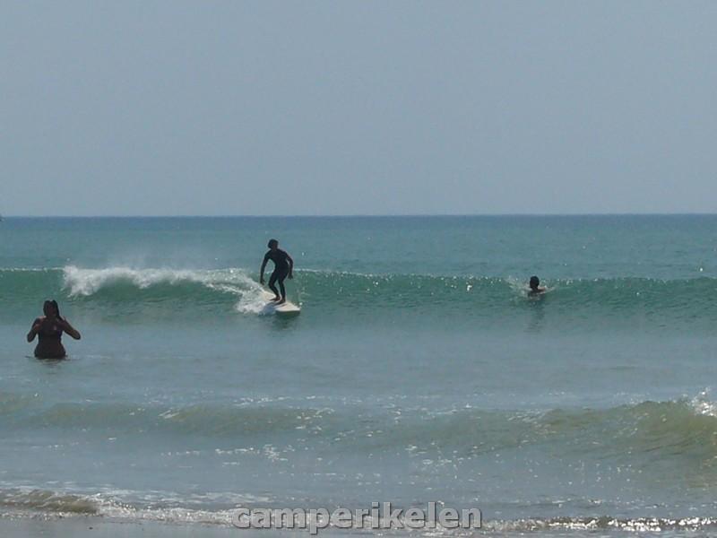 Surfen op golven