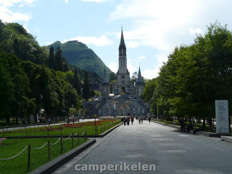 Basiliek van Lourdes