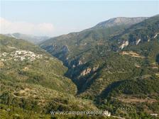 Berglandschap met kloven