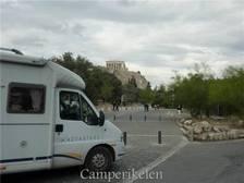 Poseren voor de Akropolis