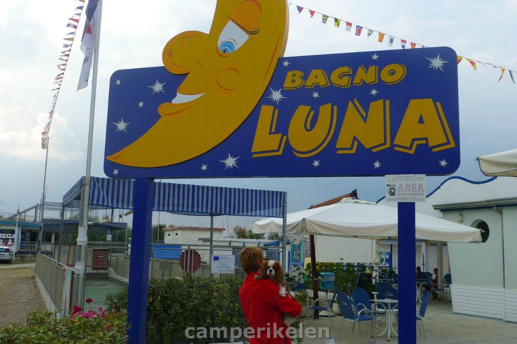 Een strandclub voor Luna