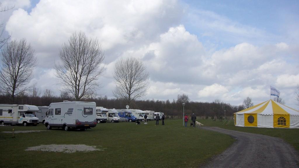 Camperveld op Erkemederstrand