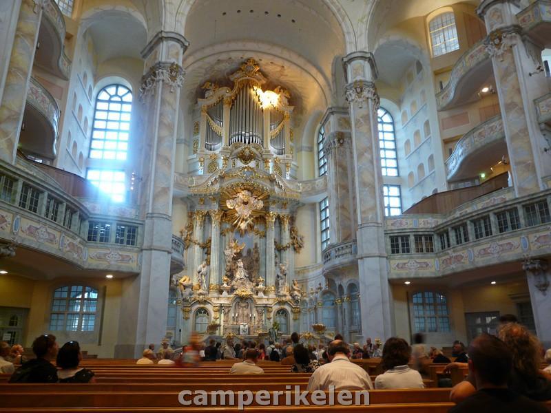 Binnenin de Frauenkirche