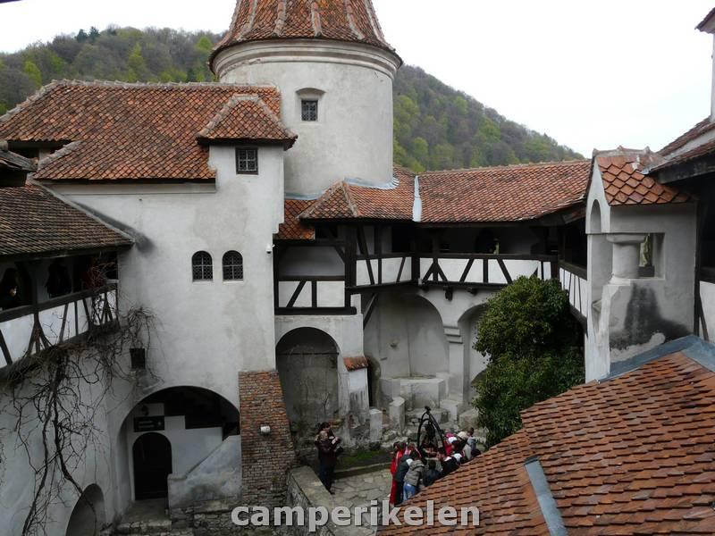 Binnenplein Dracula kasteel