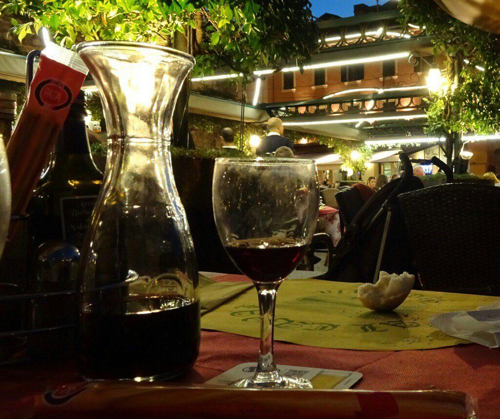 Op een terras in Peschiera